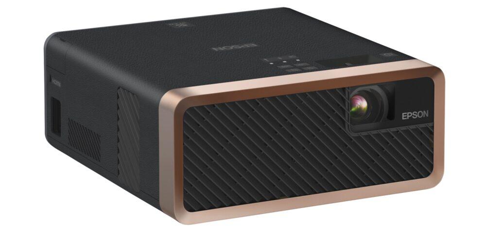 Epson представляет самый маленький лазерный 3LCD проектор в мире